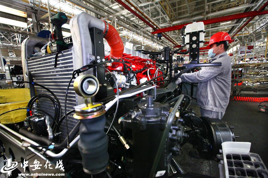 忙碌!安徽各地企业的机器声响起