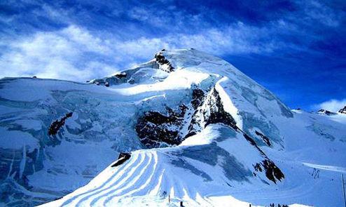 瑞士:阳光下的雪世界